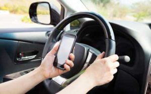 texting while driving distracted auto accidents